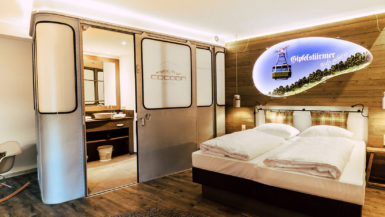 Zimmer-Suite-Stadl-_-Cocoon-Hotel-Hauptbahnhof-Muenchen-sanitaer